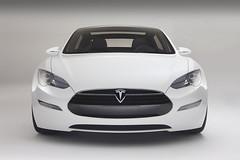 Новая модель электромобиля Tesla Motors - седан Model S