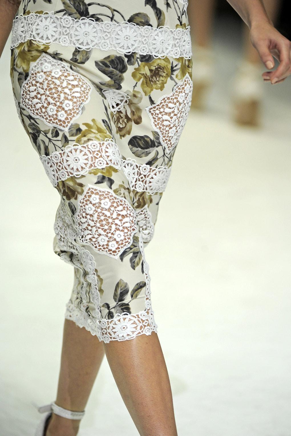 Dolce & Gabbana Spring Summer 2011 Ready to Wear
