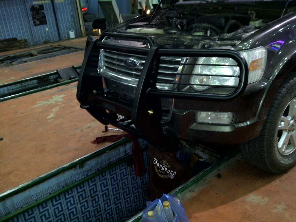 Gator model winch mount brush guard with optional add on light bar kit and 1 rod tow loops part 83xgwp g w l w 1 rod tow loops under cradle