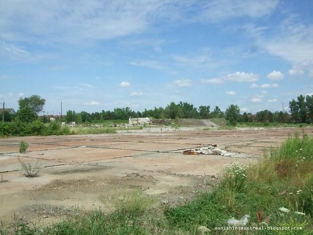 Allard empty lot 1
