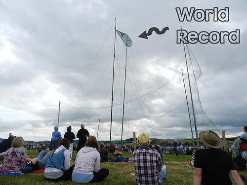 Tinahely Show 2011 - Sheaf tossing world record moment