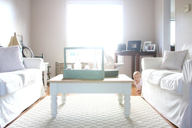 living room 075