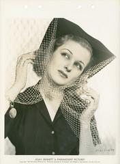 7000-4759 (AliceJapan ʕ •ᴥ•ʔ) Tags: 1938 joan bennett paramount joanbennett paramountpictures