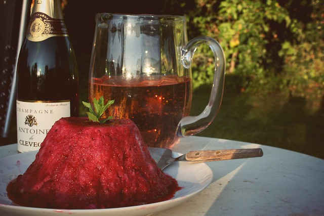 summer pudding & champagne