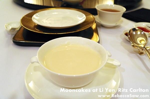 Li Yen, Ritz Carlton - Mooncakes & dim sum-08