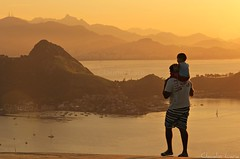 Father's Day - Brazil - Dia dos Pais no Brasil (  Claudio Lara ) Tags: reveillon city carnival blue girls light boy sunset sea brazil sky people black streets guy green art praia home sport rio brasil riodejaneiro night clouds canon landscape photography photo samba day rj nightshot photos action live brasilien vermelho copacabana villa carnaval worldcup urca montain ipanema niteri 2010 leblon fifaworldcup maracan parquedacidade carnavale lapa sambdromo penha peolple praiavermelha rioantigo claudiolara engenho carnavals sambadrome brazil2014 copadomundo2014 brasil2014 rio2016 morrodavirao clcclc cludiolara claudiol riomaravilhoso