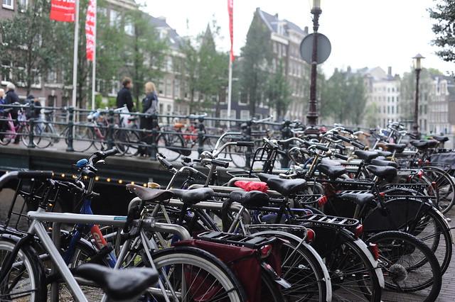 kolo, glavno prevozno sredstvo v Amsterdamu