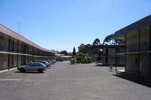 Hawthorn's Motel California in 2005