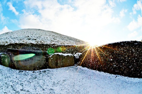 "Newgrange - Solar Flare • <a style=""font-size:0.8em;"" href=""http://www.flickr.com/photos/52976240@N00/5916348831/"" target=""_blank"">View on Flickr</a>"