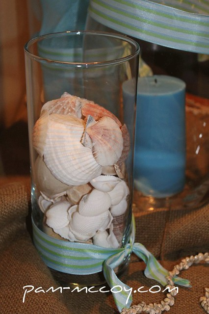 PAM_0139-centerpiece-shells-in-glass-container