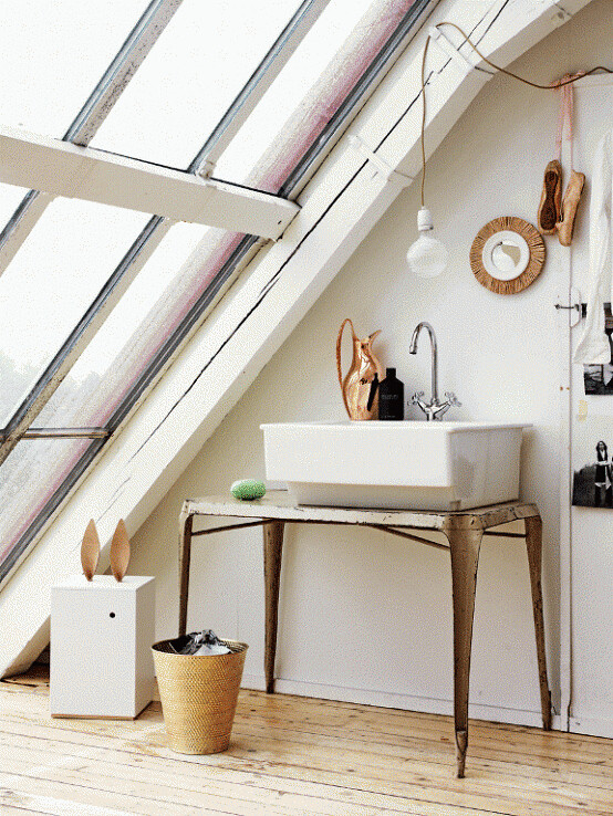 romantic-white-loft-in-sweden-6-554x738