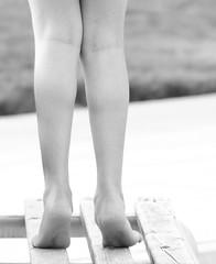 (Ebtesam.) Tags: blackandwhite sun sunlight white black photography photo nikon legs outdoor leg saudi arabia jeddah 18 riyadh saudiarabia abdullah  ebtesam d7000 nikond7000