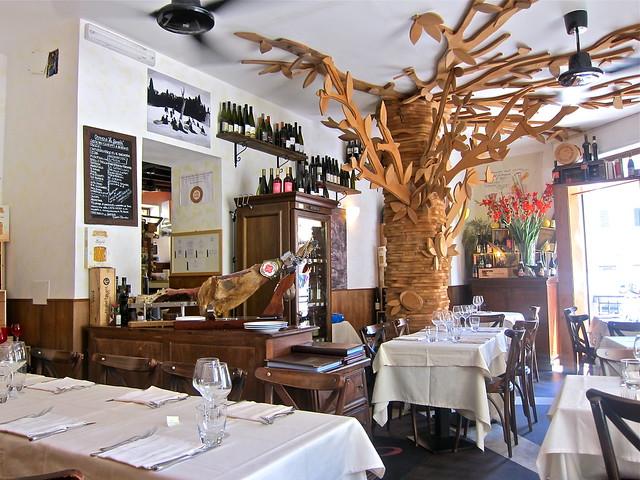 5970298180 0094eaa5a6 z A Taste of Trastevere