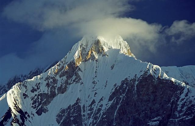 Peak Pobeda,托木尔峰