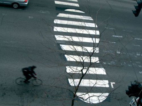 roadsworth-street-art-painted-on-actual-streets30