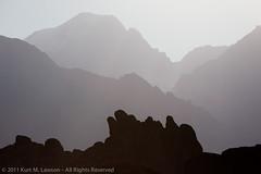 Hazy layers in the Alabama Hills (Kurt Lawson) Tags: ca mountains silhouette haze rocks unitedstates granite sierras sierranevada lonepine easternsierras whitneyportal alabamahills