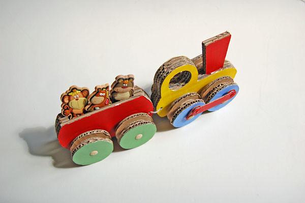 Cardboard_train_007
