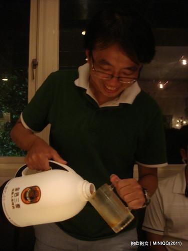 20110730 抱飲抱食_02