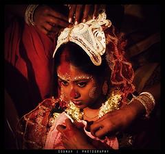 a bengali marriage (Sounav Maikap) Tags: ceremony marriage bengali westbengal marriageceremony redtint sindoor bengalimarriage