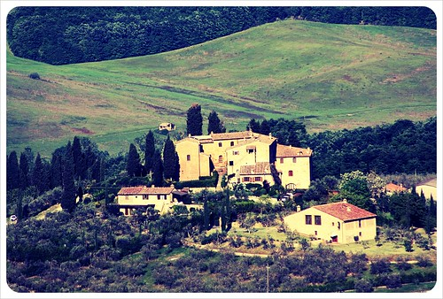 tuscany farmhouse near san gimignano