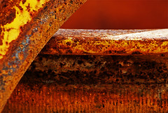 Rusty Lines (365-221) (David Guidas) Tags: light orange texture metal project rust warm pentax 365 k20d da55300 2011inphotos