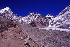 Khumbu (majortom16) Tags: nepal camp mountains film trekking 35mm landscape nikon kodak glacier 24mm himalaya nikkor khumbu everest base e100vs f28 f4s changtse lingtren kumbutse