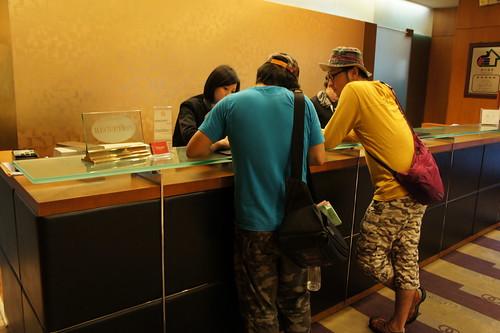 [台湾2.5] ホテルを見つけると値段を聞く
