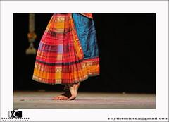 IMG_1923-2-2 copy (lensbug.chandru) Tags: light music india flower color make up canon is necklace dance costume asia slow stage indian madras silk full ii violin frame shutter l classical tradition chennai dharma emotions chandru 70200 tamil f28 stud auditorium available nadu bangles 2011 2470 anglet fleets femine bharathanatyam bharatha abhinayam nattiyam