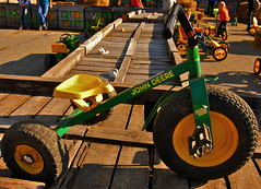 John Deere (Kadeefoto) Tags: fall shelburnefarm farm massachusetts applepicking johndeere stowema