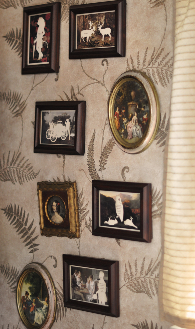 guest bathroom mixed frames wall