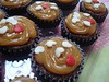Recheio e Cobertura de Doce de Leite (Cavatt) Tags: cupcakes minicupcakes minibolos