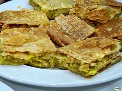 Empanada hojaldrada (juantiagues) Tags: pontevedra ence empanada jubilados juanmejuto juantiagues