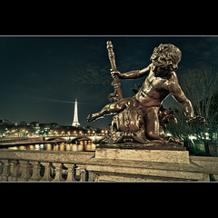 Pont Alexandre III (Zed The Dragon) Tags: morning bridge light sunset 3 paris france architecture night photoshop reflections french effects iso200 flickr view minolta sony sigma f100 best musee full fave most ciel frame faves 100 24mm fullframe alpha nuage nuit pyramide mange reflets postproduction hdr highdynamicrange sal lelouvre zed francais lightroom historique effets storia alexandreiii parisien 2470f28 favoris photomatix 24x36 poselongue 0sec a850 sonyalpha hpexif concordians 100commentgroup 100comment exdgmacro dslra850 alpha850 zedthedragon 100coms