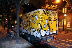 conie & zazoo (dug_da_bug) Tags: paris france yellow truck graffiti lemon van vv cony zazoo conie vandalvoyeur