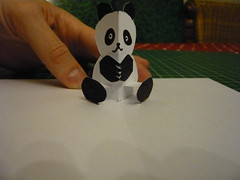 Panda réalisé à la formation pop up book au Clj Bxl