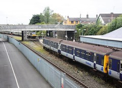 Dundalk (finnyus) Tags: ireland station gm general diesel rail railway motors railcar mk2 locomotive enterprise translink railways clarke coaches nir carriages dundalk dmu 2011 8090 8752 8749 multipleunit 4car 8094 80class 201class dedetrich finbarroneill