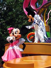 Minnie and Mickey Mouse (meeko_) Tags: minnie mickey mouse minniemouse mickeymouse characters disneycharacters celebrate dream come true parade celebrateadreamcometrueparade entertainment frontierland magic kingdom magickingdom themepark walt disney world waltdisneyworld florida