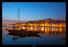 Porto de nuit  ~ Portugal ~ Porto ~ ('^_^ D.F.N. Damail ^_^') Tags: france art love water night canon pose word french fun photography photo reflex europe niceshot photographie picture nuit f