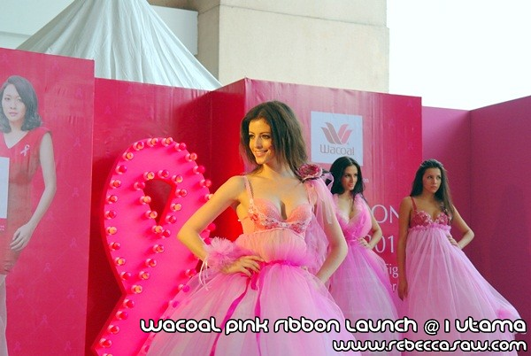 Wacoal Pink Ribbon Launch @1 Utama-8
