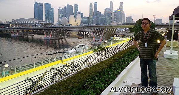 Me enjoying the F1 races at the roof top of the Singapore Flyer