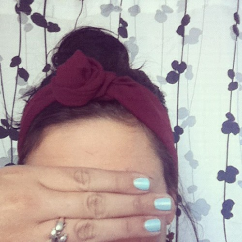 #burgundy headband #pastel #blue nails