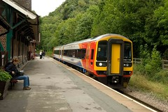 158770 at Matlock Bath on a Matlock - Nottingham Service (RyanTaylor1986) Tags: bath trains class east stagecoach matlock 158 midlands 158770