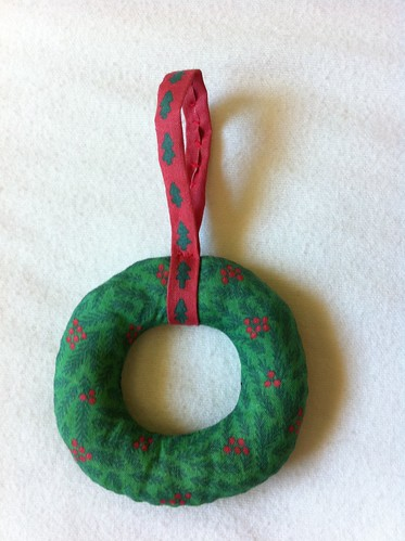 Mini Wreath Ornament construction example part 6