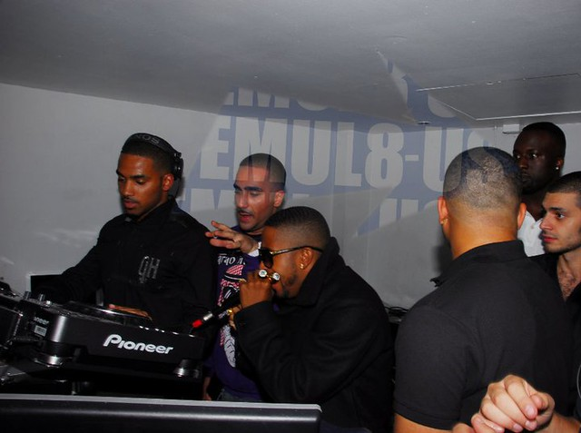 DJ Slick DJing For OMARION