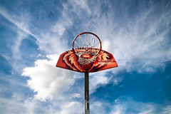 Basketballkorb in Wolken (photo-maker) Tags: city blue red sky rot clouds schweiz switzerland suisse swiss lion himmel wolken basel blau lwe 2011 baselstadt digitalcameraclub basketballkorb ntarealbasel 0110813164443