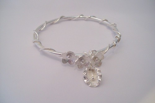 flower bangle by Eve smith,silvermeadows.