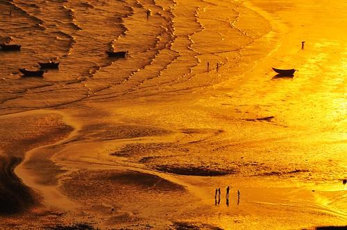 Golden beach by Melinda ^..^