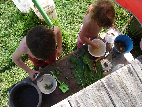 outdoor kitchen play