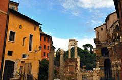 Teatro di Marcello (Capitan Mirino ( il Tartarughino )) Tags: italy roma corner ruins lazio scorcio teatrodimarcello rovine angolo