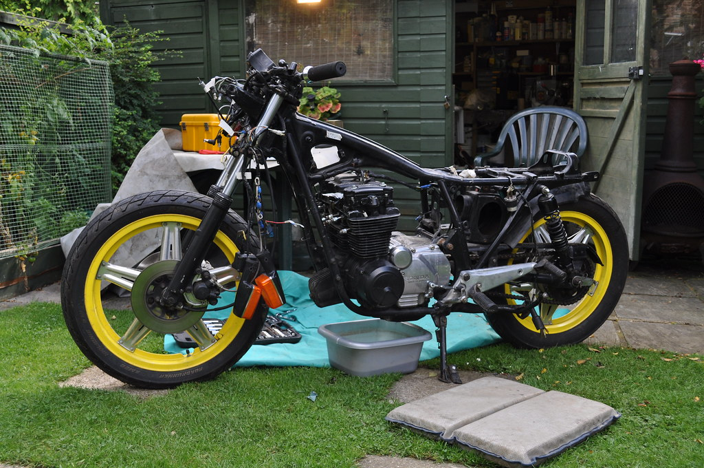 1st bike, 1st build CB650 6151253972_ed7ef9c4b8_b